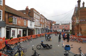 View-of-whole-market-place-with-bikes